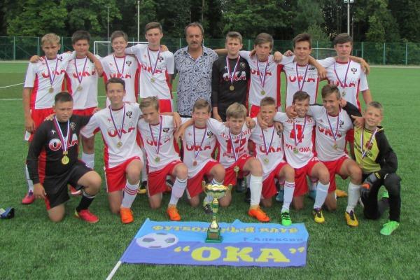 Алексинская «Ока» выиграла областной этап «Кожаного мяча» в старшей группе