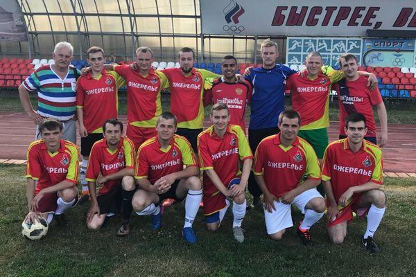 «Ожерелье» лидирует в чемпионате Венёвского района после первого круга