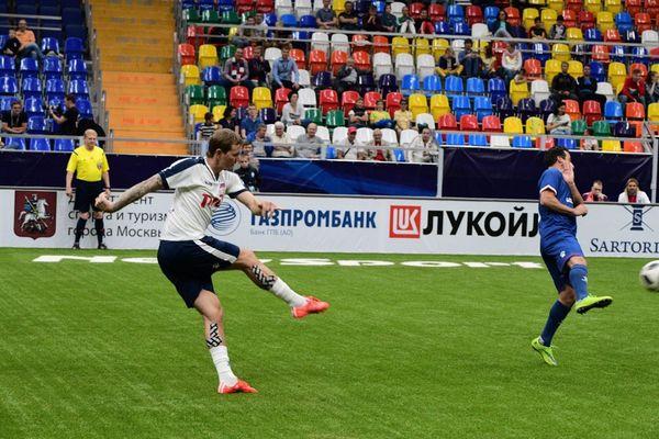Сборная России стартовала с победы в «Суперкубке легенд»