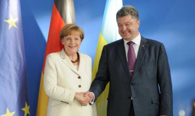Порошенко и Меркель скоординировали позиции перед ее встречей с Путиным