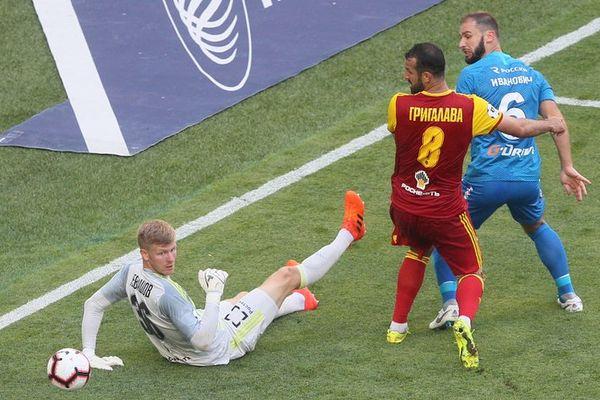Бранислав Иванович: Матч с «Арсеналом» показал, что «Зенит» может улучшить игру во много раз