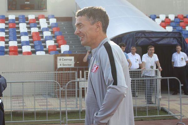 Виктор Булатов может стать лучшим тренером августа в ФНЛ