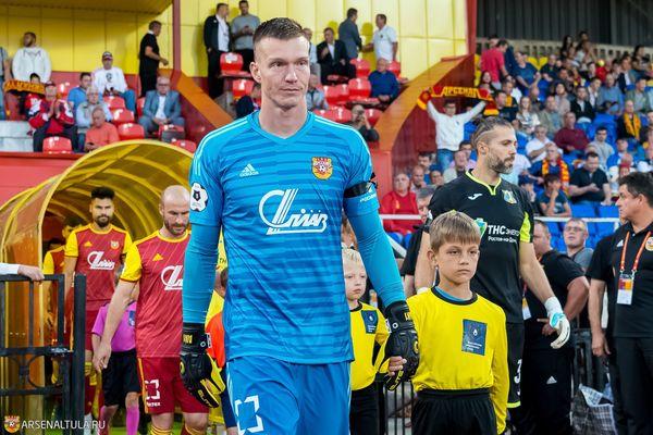 Нигматуллин и Зотов сыграют в матче «Енисей» — «Арсенал» с первых минут, Мирзов и Кутьин — в запасе