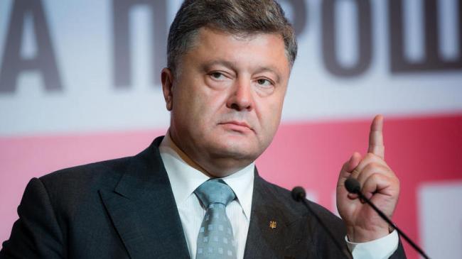 У Авакова упрекнули Порошенко полным бардаком в Генштабе