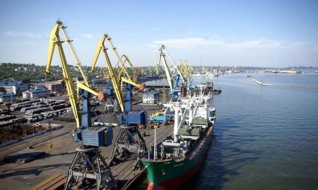 Омелян рассказал, сколько потеряли украинские порты из-за действий РФ в Азове