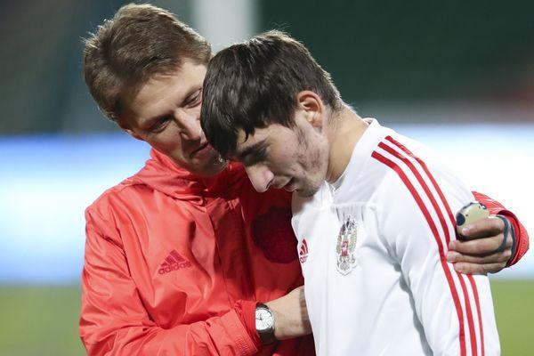 Гол и пас Бакаева помогли молодёжной сборной России разгромить в Туле Македонию