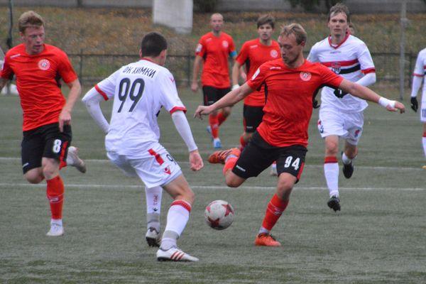 Новомосковский «Химик» сохраняет 5-е место после 15 туров