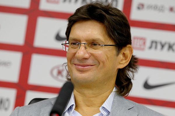 Леонид Федун вернулся в Москву с каникул