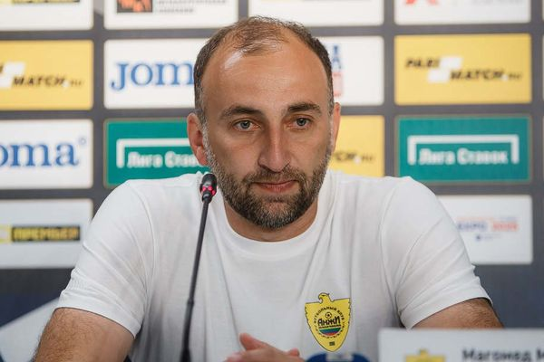 «Балтика» заинтересована в главном тренере «Анжи»