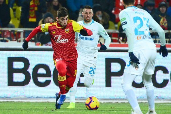 Зелимхан Бакаев: «Арсенал» пытался играть в футбол, а не бил вперёд, как «Зенит»