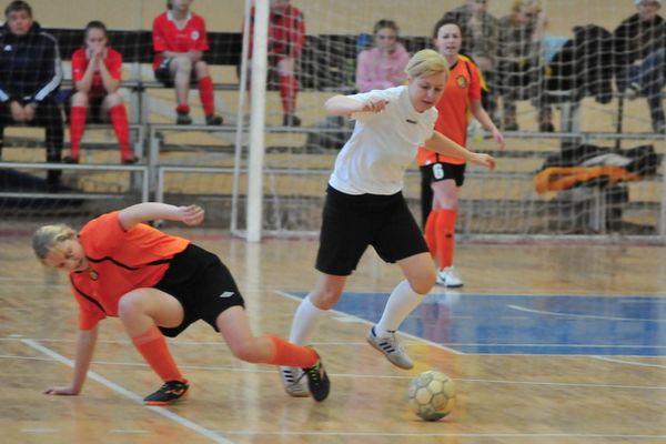 Определились полуфиналисты женского чемпионата Тульской области по мини-футболу