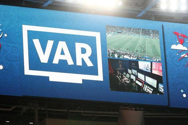 Клубы утвердили введение системы видеоповторов в чемпионате России