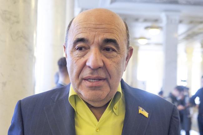 Рабинович: Украинской власти нет выгоды в установке мира на Донбассе