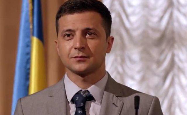 Зеленский попросил помочь ему с предвыборной программой