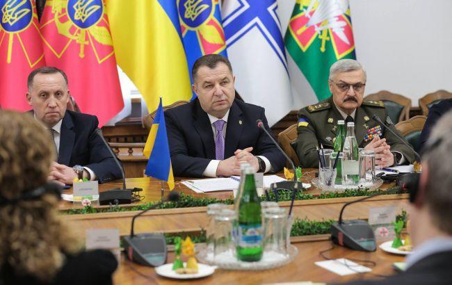 Полторак выступил за усиление военно-политического диалога с США