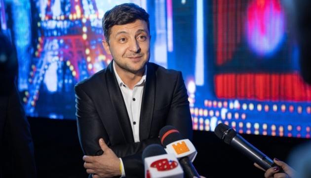 В штабе Порошенко заявили, что Зеленский у них голосов не отбирает