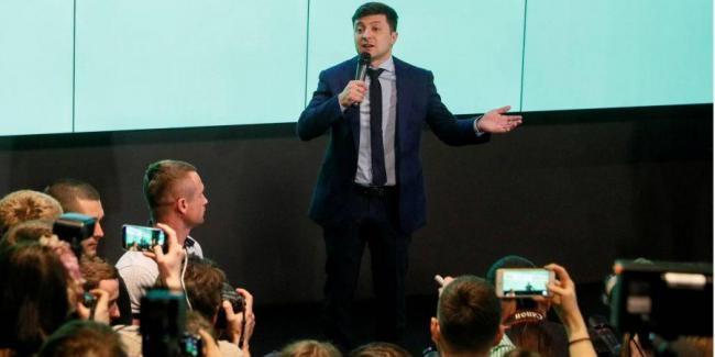 Зеленский назвал законопроекты, которые подаст первыми в случае победы на выборах