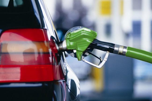 В правительстве предлагают полностью отказаться от российского дизеля и бензина