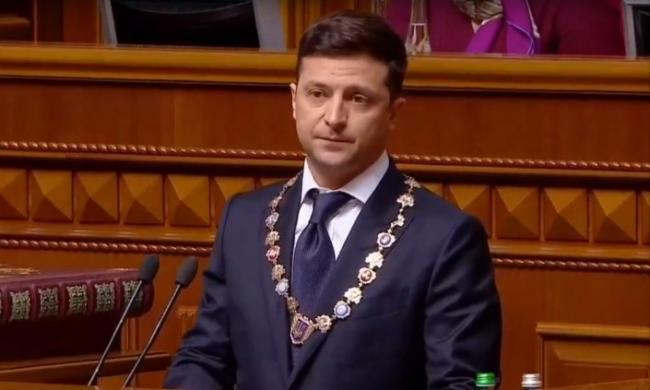 Новый Президент заявляет, что готов потерять должность ради мира на Донбассе