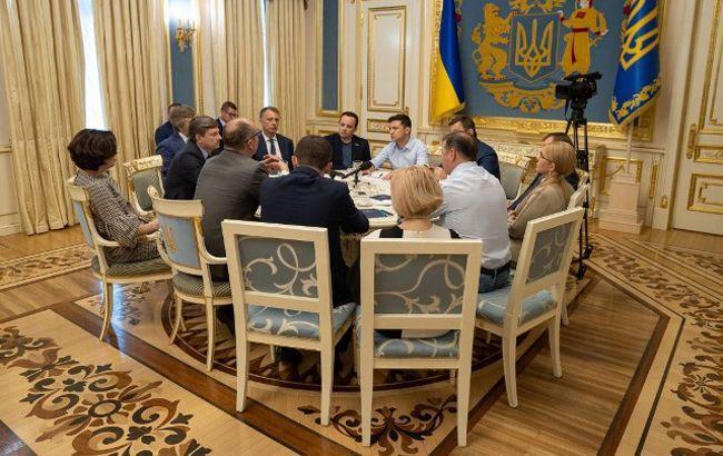 Зеленский и лидеры фракций договорились о дате выборов