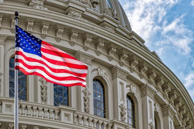 В Сенате США похвалили ум и скромность Зеленского