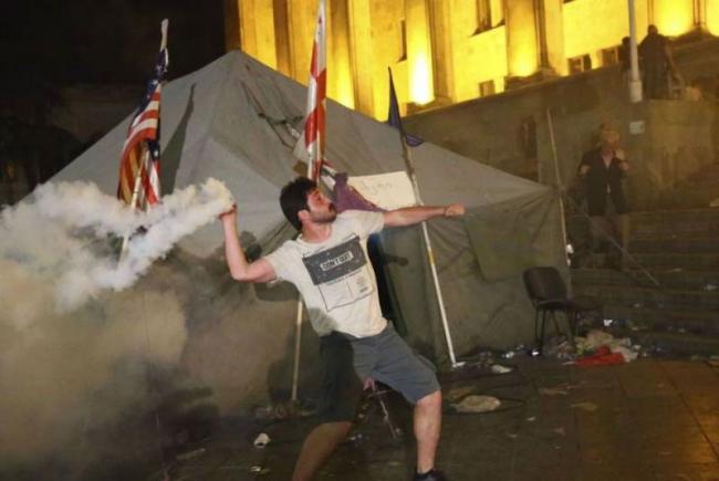 Украинские нардепы привезли в Тбилиси «дух Майдана»
