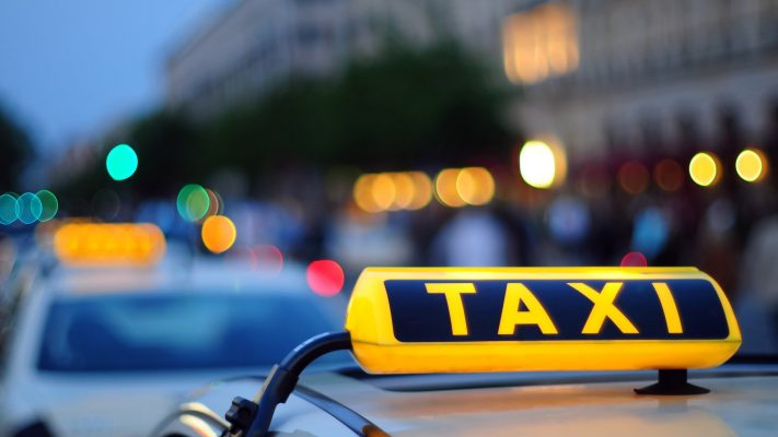 Заказ такси во Львове по низким ценам