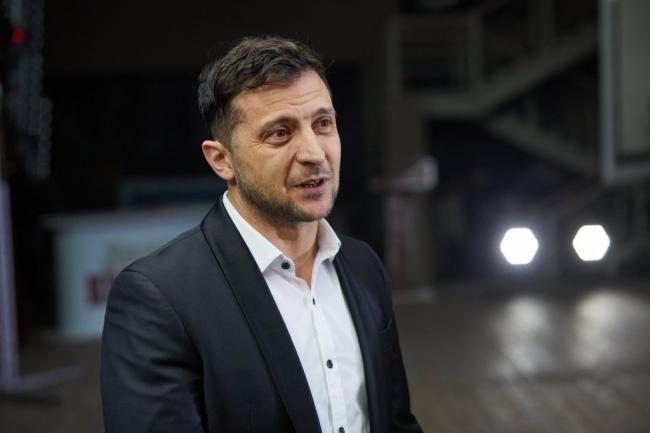 Зеленский отреагировал на обстрел медиков в Водяном