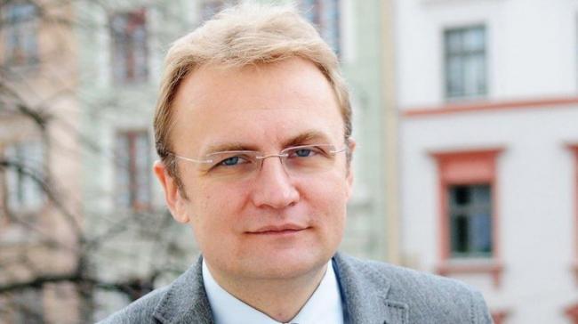 Садовой требует от Зеленского четкой позиции относительно деятельности Медведчука и возвращения в Украину соратников Януковича
