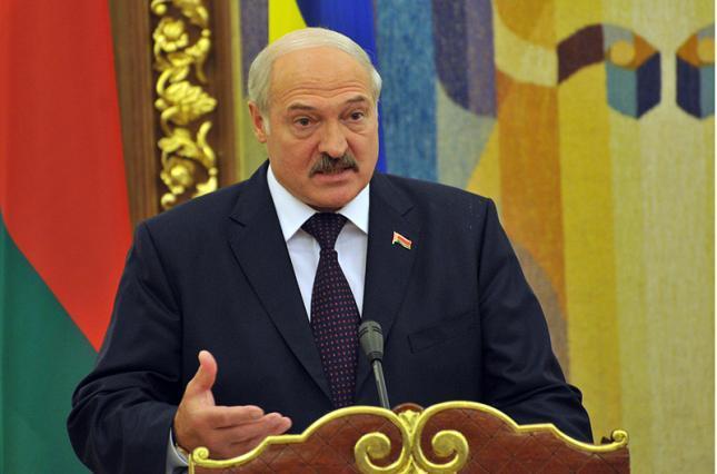 Лукашенко готов обустроить встречу Путина и Зеленского в Минске