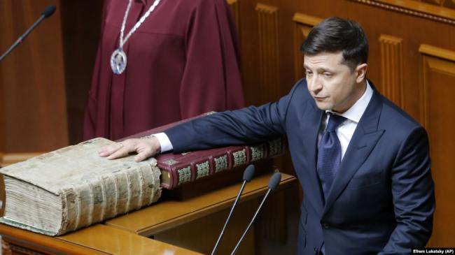 Зеленский рассказал о деталях разговора с Путиным