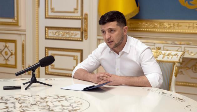 Зеленский уволил 11 послов Украины