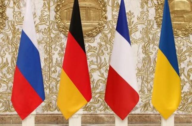 Зеленский призвал Макрона, Меркель и Путина скорее провести встречу в