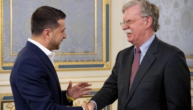 Зеленский - Болтону: Украина приветствовала бы присоединение США к