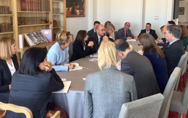 Послы G7 приветствуют сотрудничество Украины с МВФ