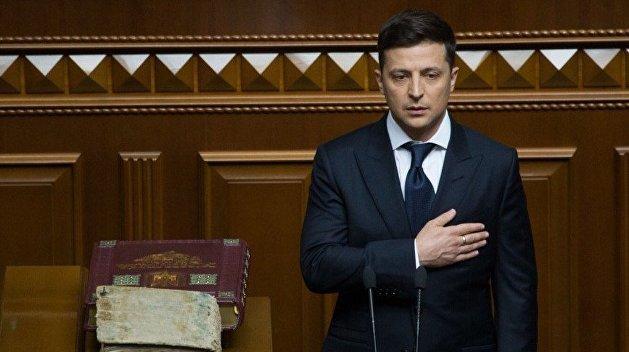 Зеленский отказался от права согласовывать дипломатов в МИД и за рубежом