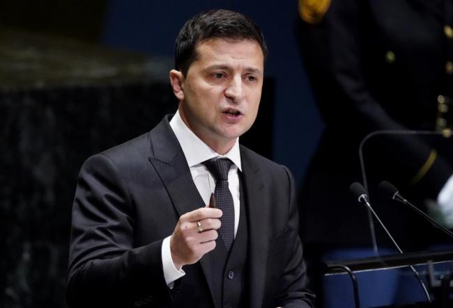 Зеленский подписал закон о реформе НАПК и открытии деклараций СБУ