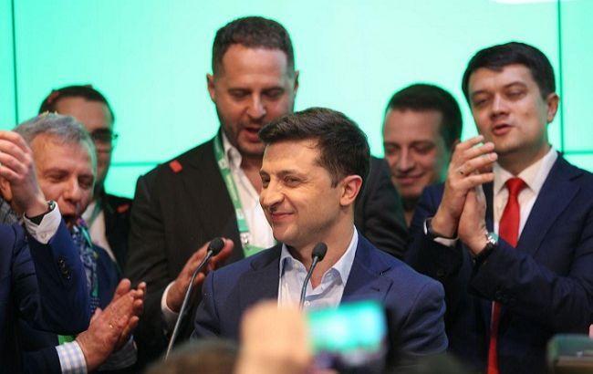 Зеленский потребовал от всех членов финкомитета пройти детектор лжи