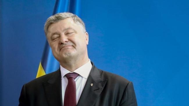 Адвокат Порошенко: Экс-президент не является подозреваемым или обвиняемым в уголовных делах