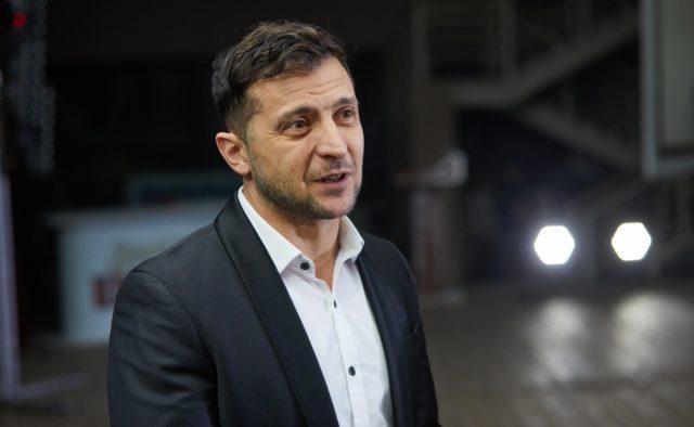 Зеленский назвал три этапа на пути к возвращению Донбасса