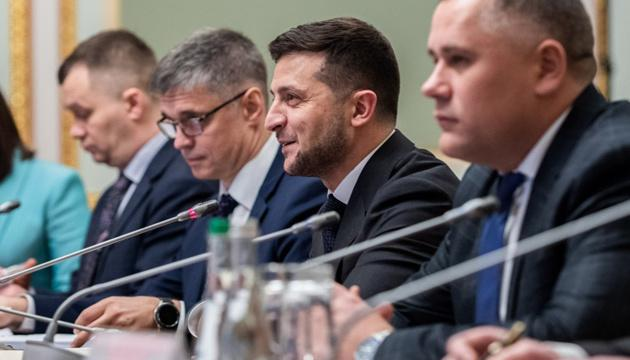 """Деоккупация: Зеленский хочет услышать четкие сроки на """"нормандской встрече"""""""