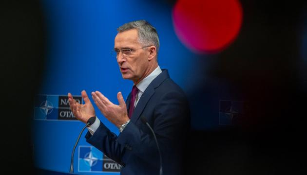 Столтенберг: Россия - не враг НАТО, но она напала на Украину