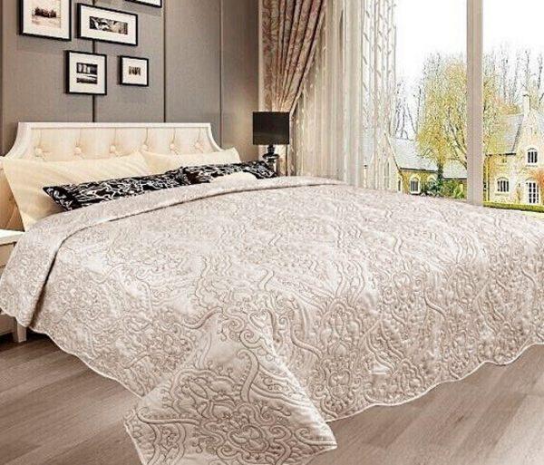 Домашний текстиль и покрывала на кровать
