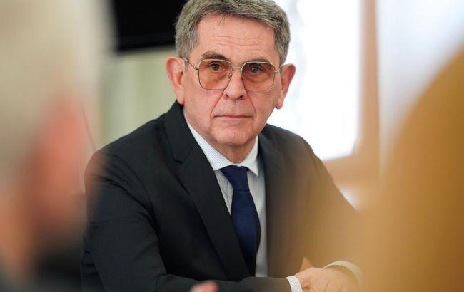 В Минздраве опровергли отставку Емца