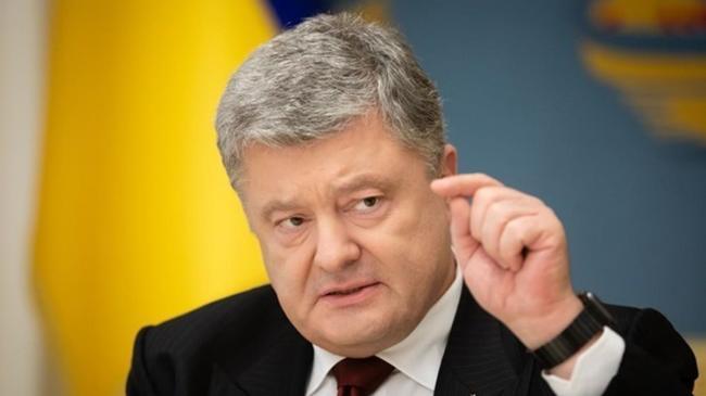 Порошенко призвал власть подписать закон о расширенном тестировании
