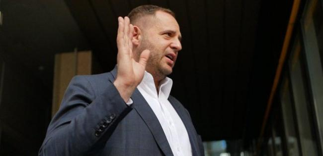 Ермак отмежевался от скандальных заявлений Фокина по Донбассу и пожурил прошлую власть