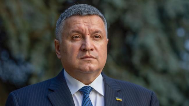 Аваков пригрозил жесткой реакцией на нарушения на местных выборах