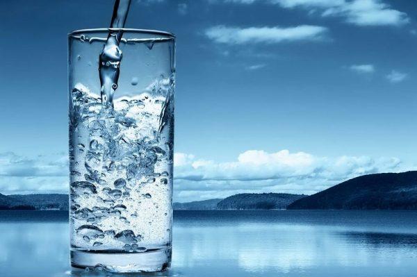 Удобная доставка качественной воды в Киеве