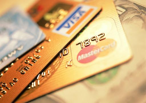 Кредиты онлайн — преимущества займов на карту